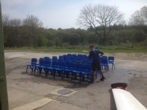 More chair washing for Seb Kawa